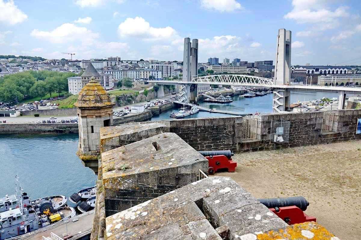 [Les ports militaires de métropole] Port de BREST - TOME 3 - Page 27 _co11185