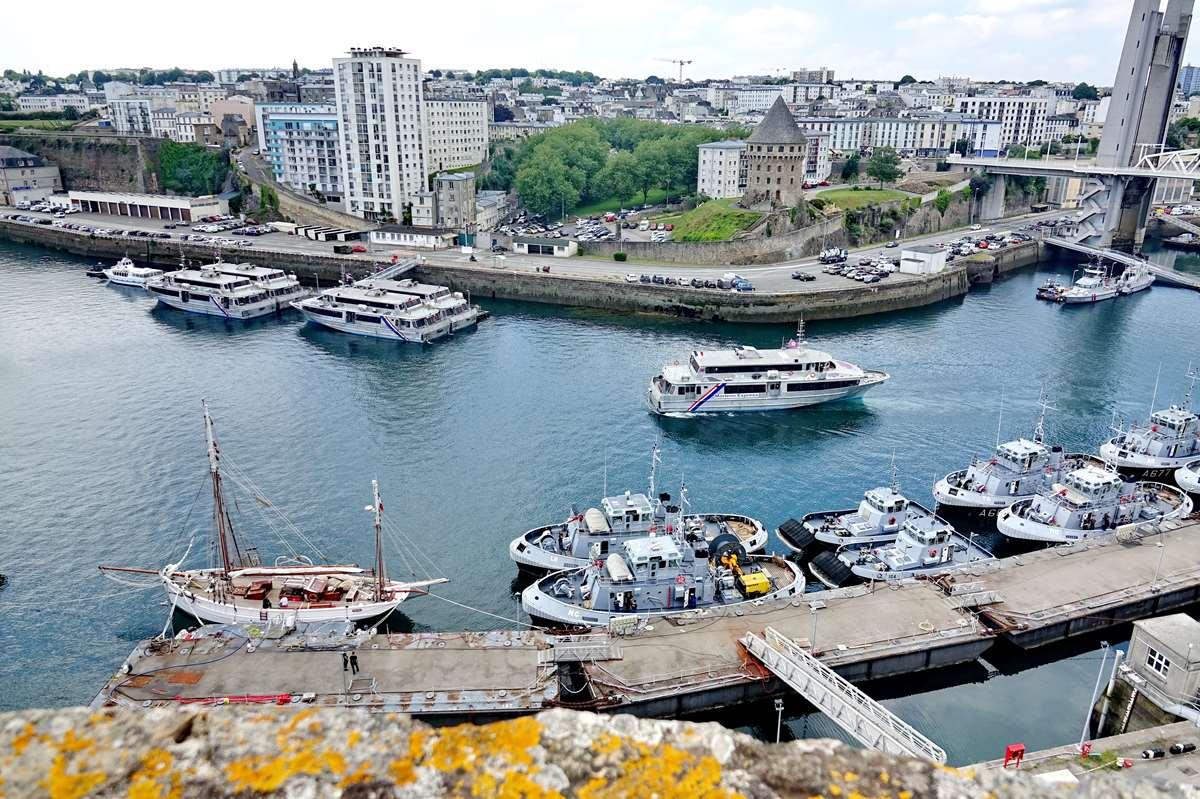 [Les ports militaires de métropole] Port de BREST - TOME 3 - Page 27 _co11192