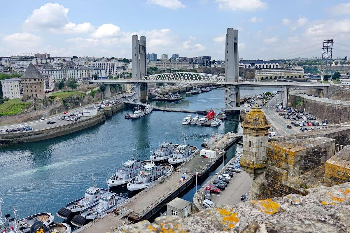 [Les ports militaires de métropole] Port de BREST - TOME 3 - Page 27 _co11196
