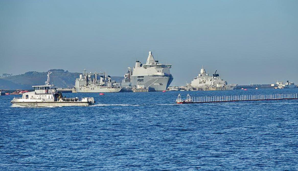 [Les ports militaires de métropole] Port de BREST - TOME 3 - Page 27 _co12273