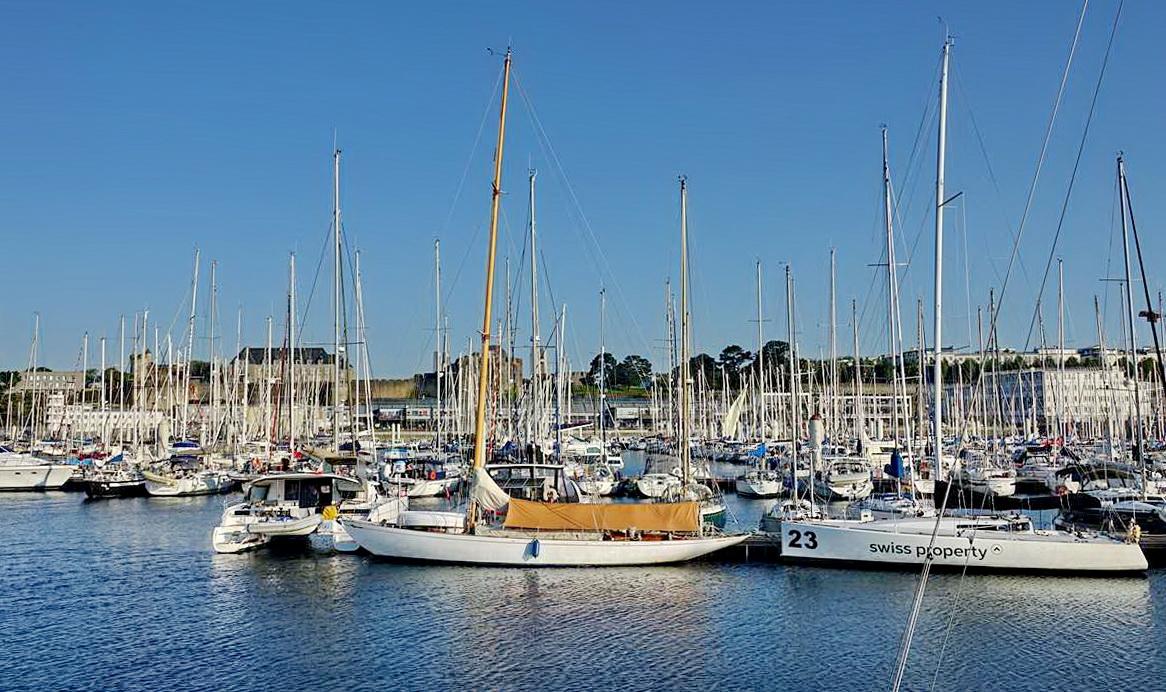 [Vie des ports] BREST Ports et rade - Volume 001 - Page 28 _co12335