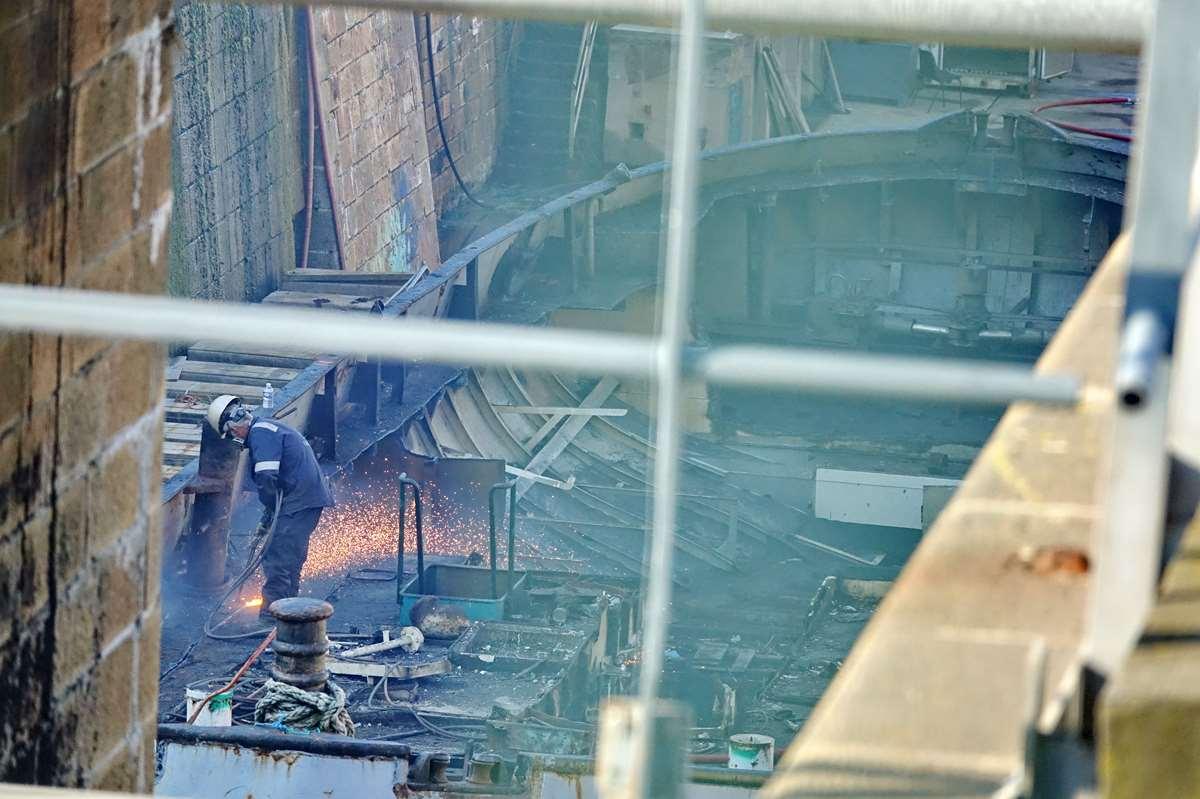 [Autre sujet Marine Nationale] Démantèlement, déconstruction des navires - TOME 2 - Page 24 _co12395