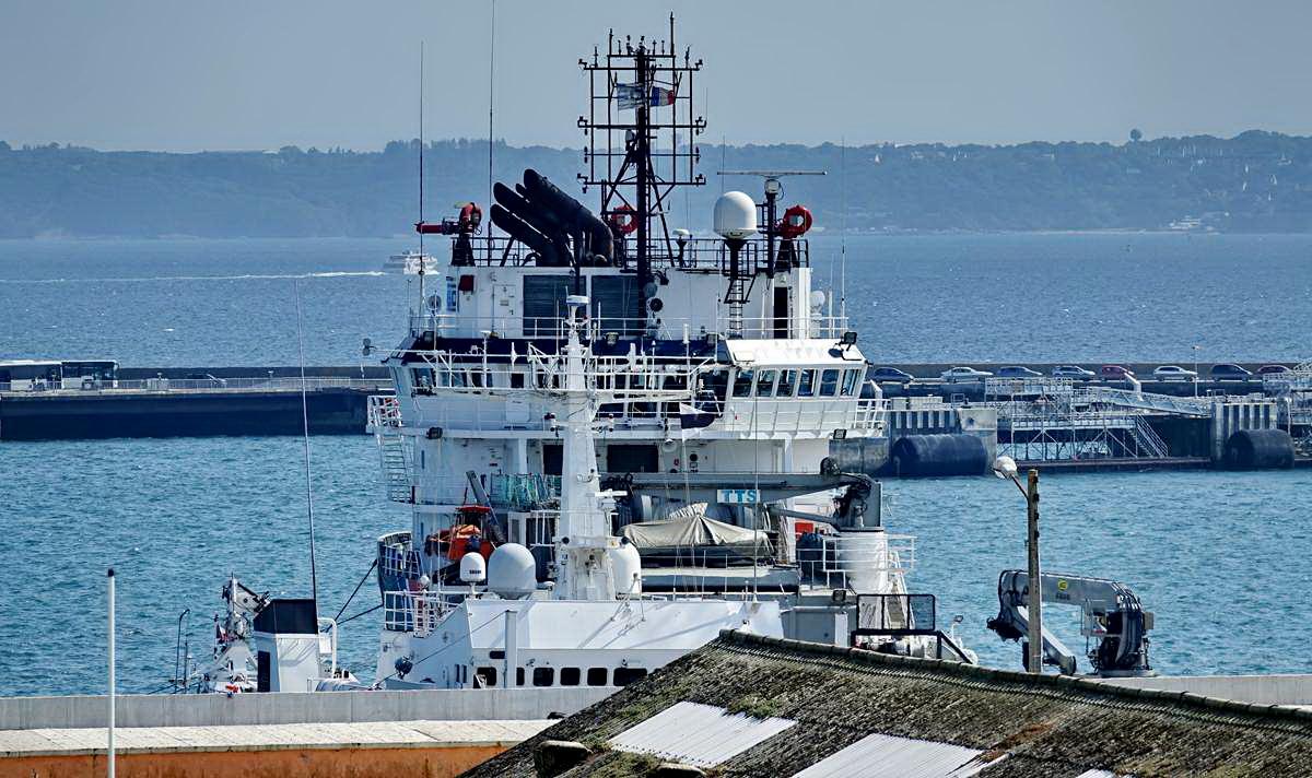 [Les ports militaires de métropole] Port de BREST - TOME 3 - Page 28 _co12760