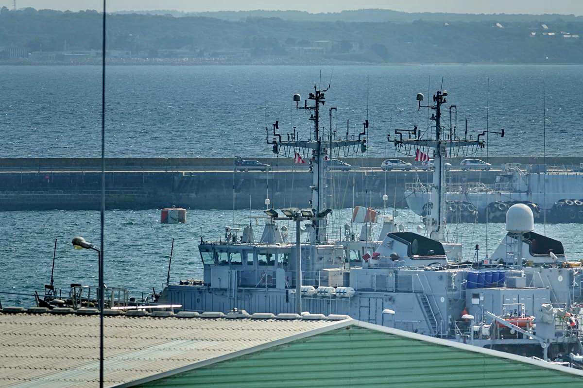 [Les ports militaires de métropole] Port de BREST - TOME 3 - Page 28 _co12934