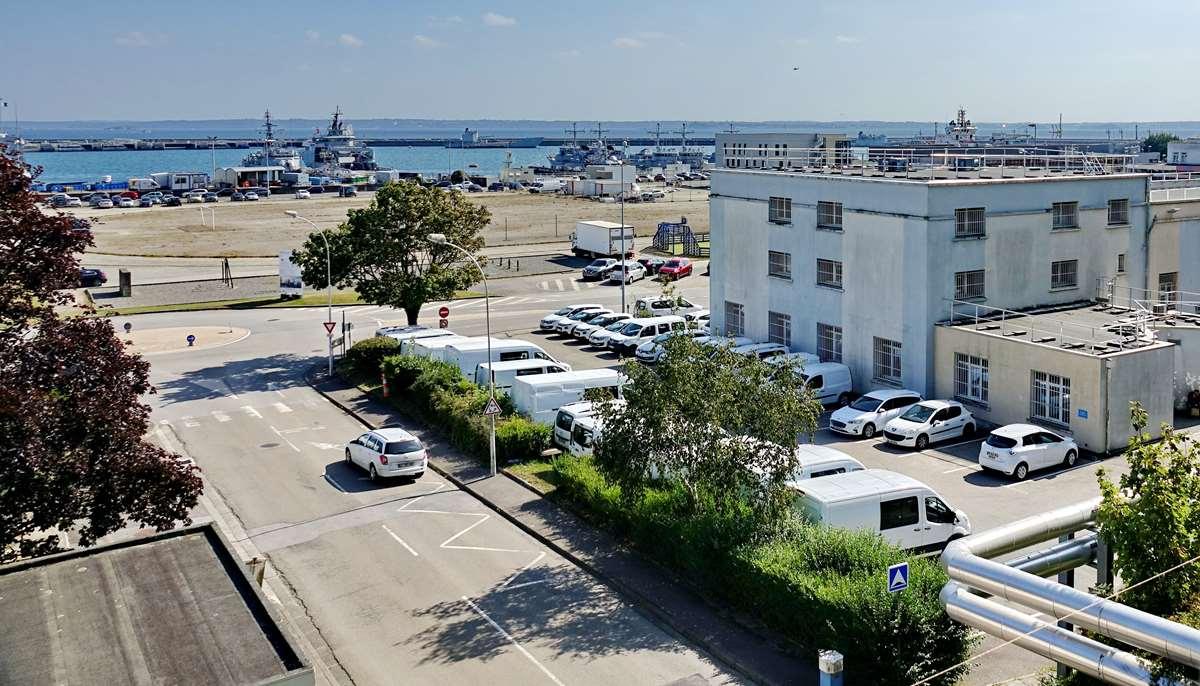 [Les ports militaires de métropole] Port de BREST - TOME 3 - Page 29 _co13211