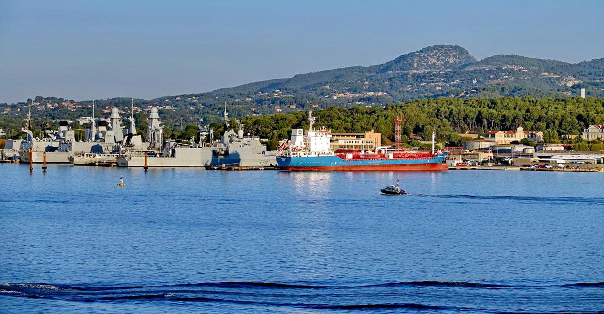 [Les ports militaires de métropole] Port de Toulon - TOME 1 - Page 5 _co13595