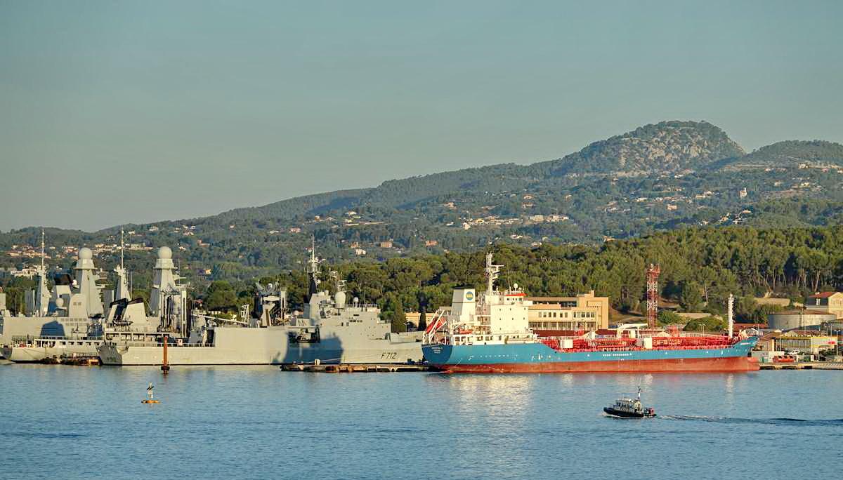 [Les ports militaires de métropole] Port de Toulon - TOME 1 - Page 5 _co13596