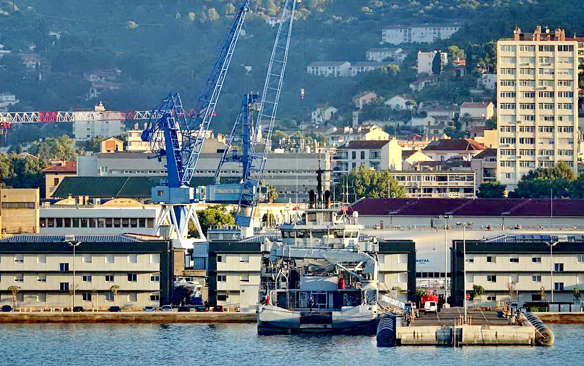 [Les ports militaires de métropole] Port de Toulon - TOME 1 - Page 5 _co13774