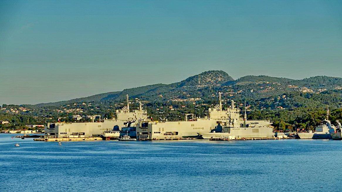[Les ports militaires de métropole] Port de Toulon - TOME 1 - Page 5 _co13775