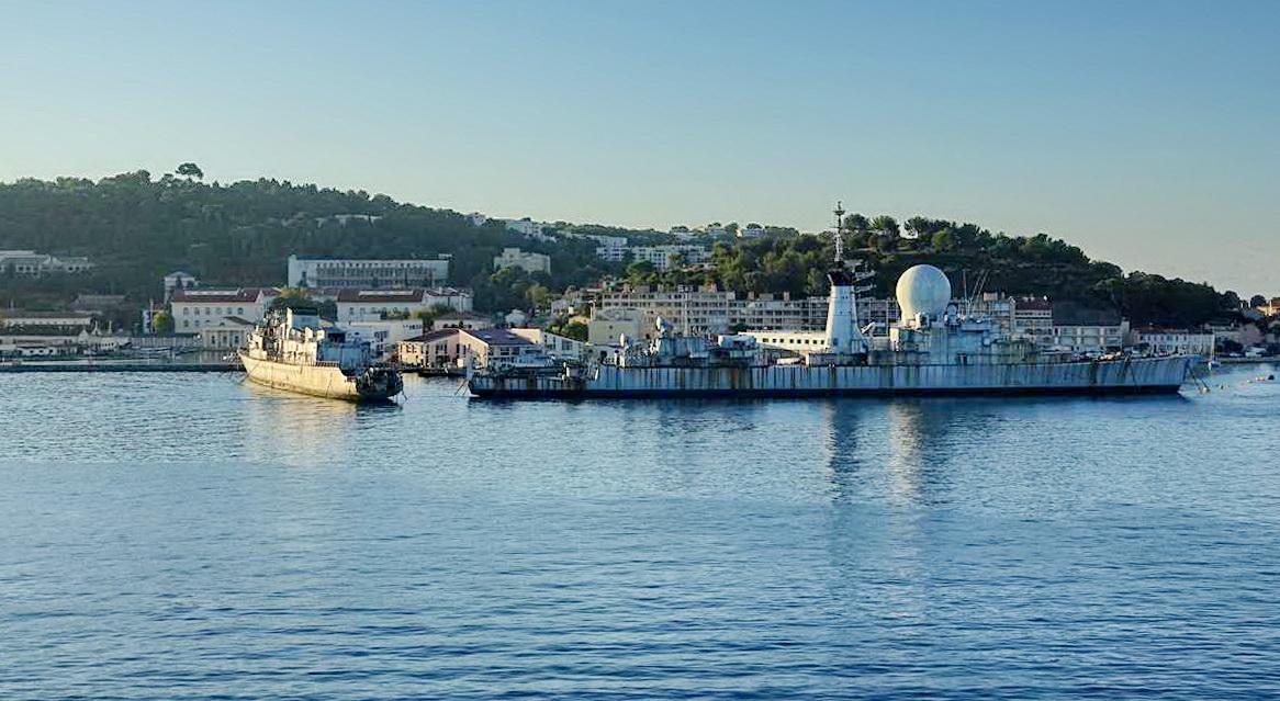 [Les ports militaires de métropole] Port de Toulon - TOME 1 - Page 5 _co14092