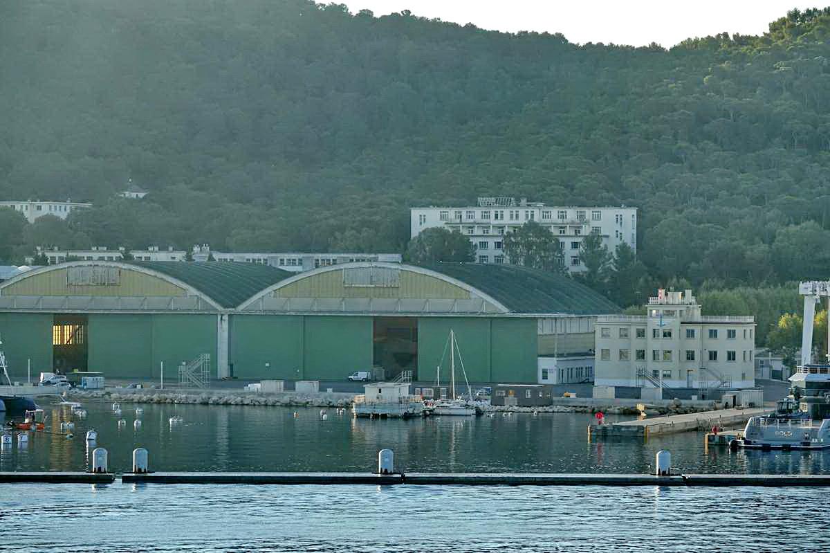 [Les ports militaires de métropole] Port de Toulon - TOME 1 - Page 6 _co14393