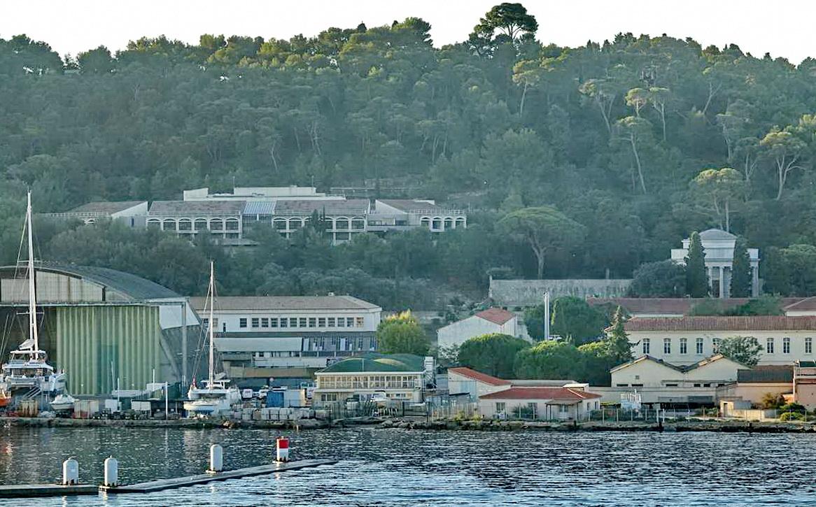 [Les ports militaires de métropole] Port de Toulon - TOME 1 - Page 6 _co14395