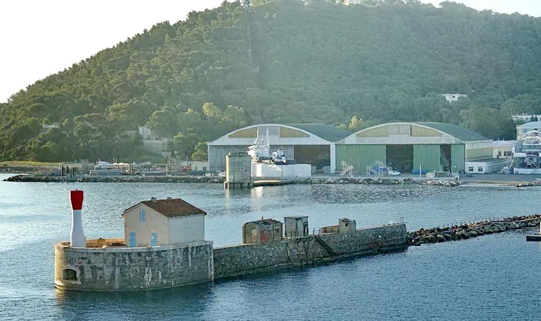 [Les ports militaires de métropole] Port de Toulon - TOME 1 - Page 6 _co14396