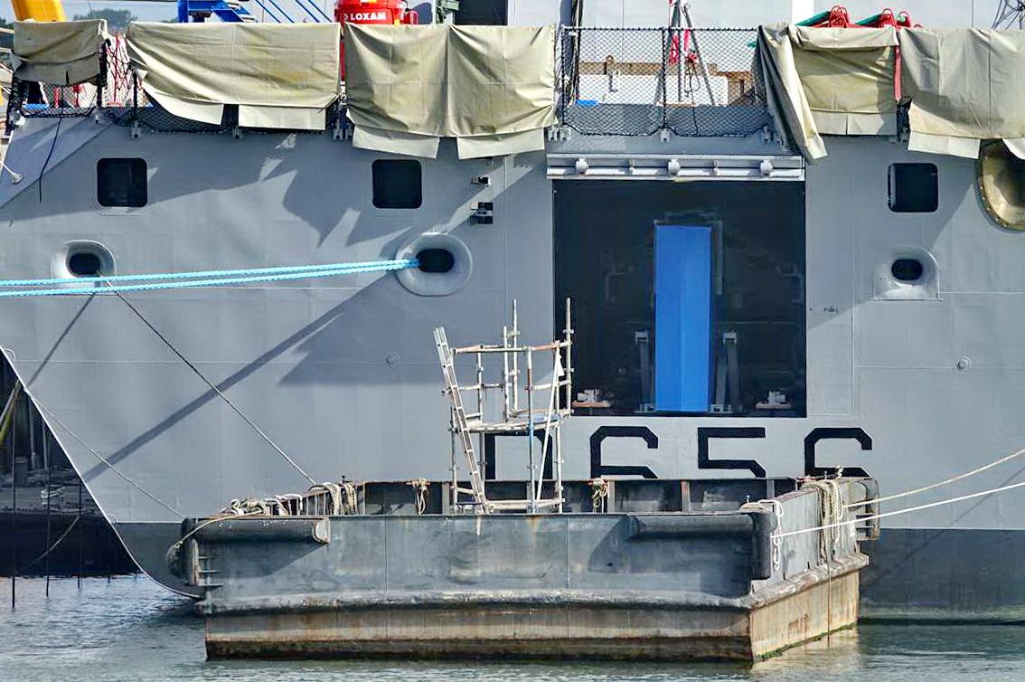 [Les ports militaires de métropole] Port de LORIENT - TOME 1 - Page 14 _cop2741