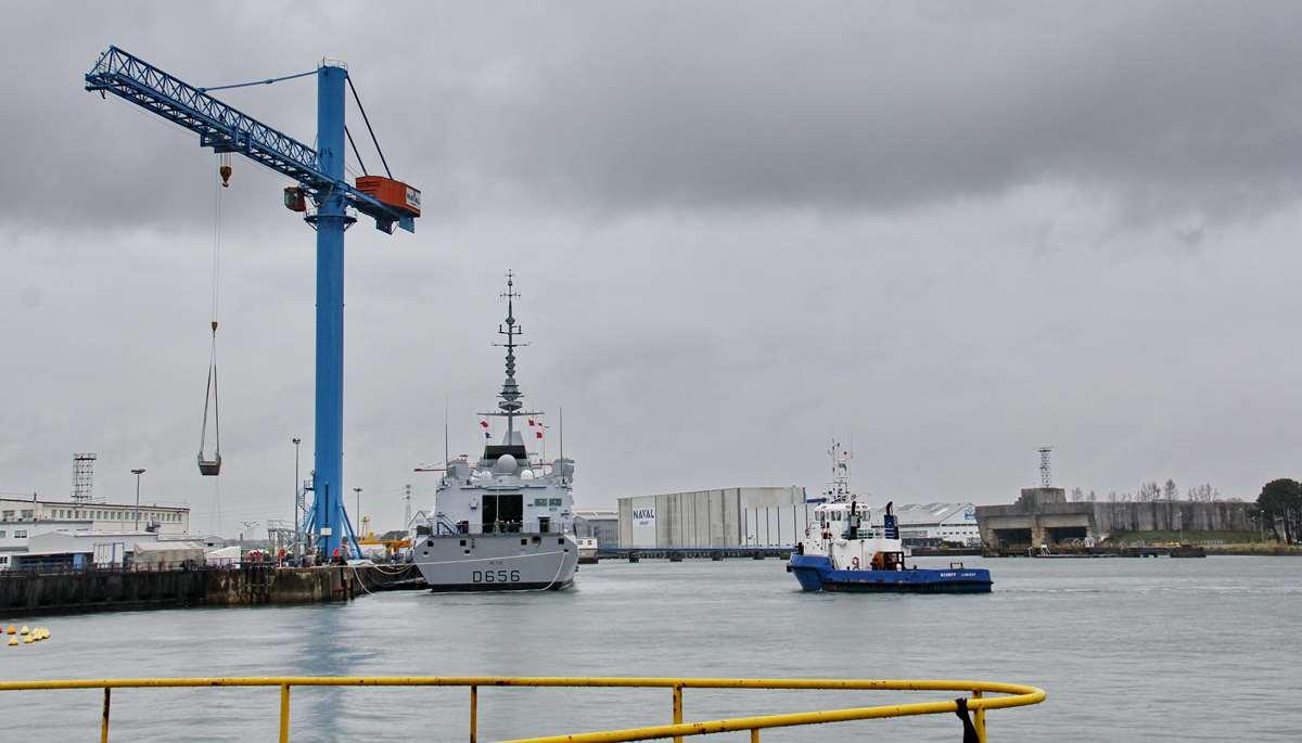 [Les ports militaires de métropole] Port de LORIENT - TOME 1 - Page 23 _cop3678
