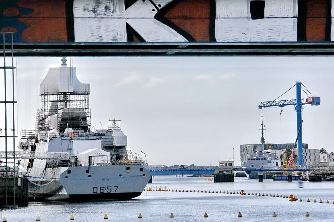 [Les ports militaires de métropole] Port de LORIENT - TOME 1 - Page 25 _cop3730