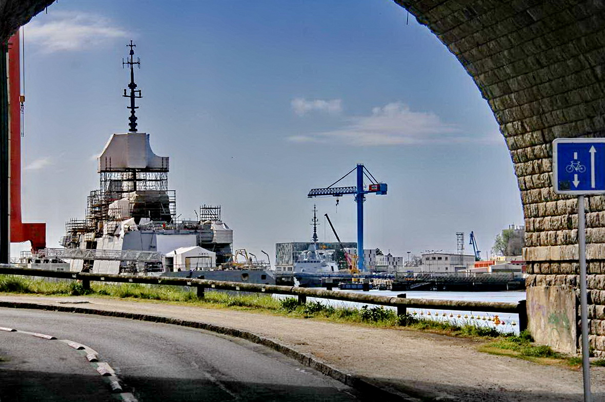 [Les ports militaires de métropole] Port de LORIENT - TOME 1 - Page 25 _cop3734