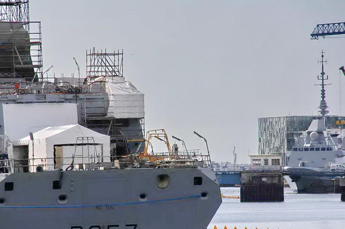 [Les ports militaires de métropole] Port de LORIENT - TOME 1 - Page 25 _cop3736