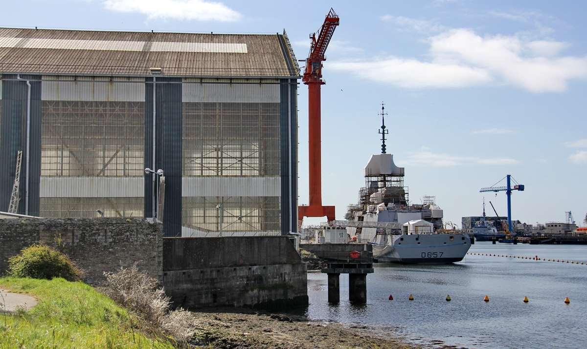 [Les ports militaires de métropole] Port de LORIENT - TOME 1 - Page 25 _cop4166