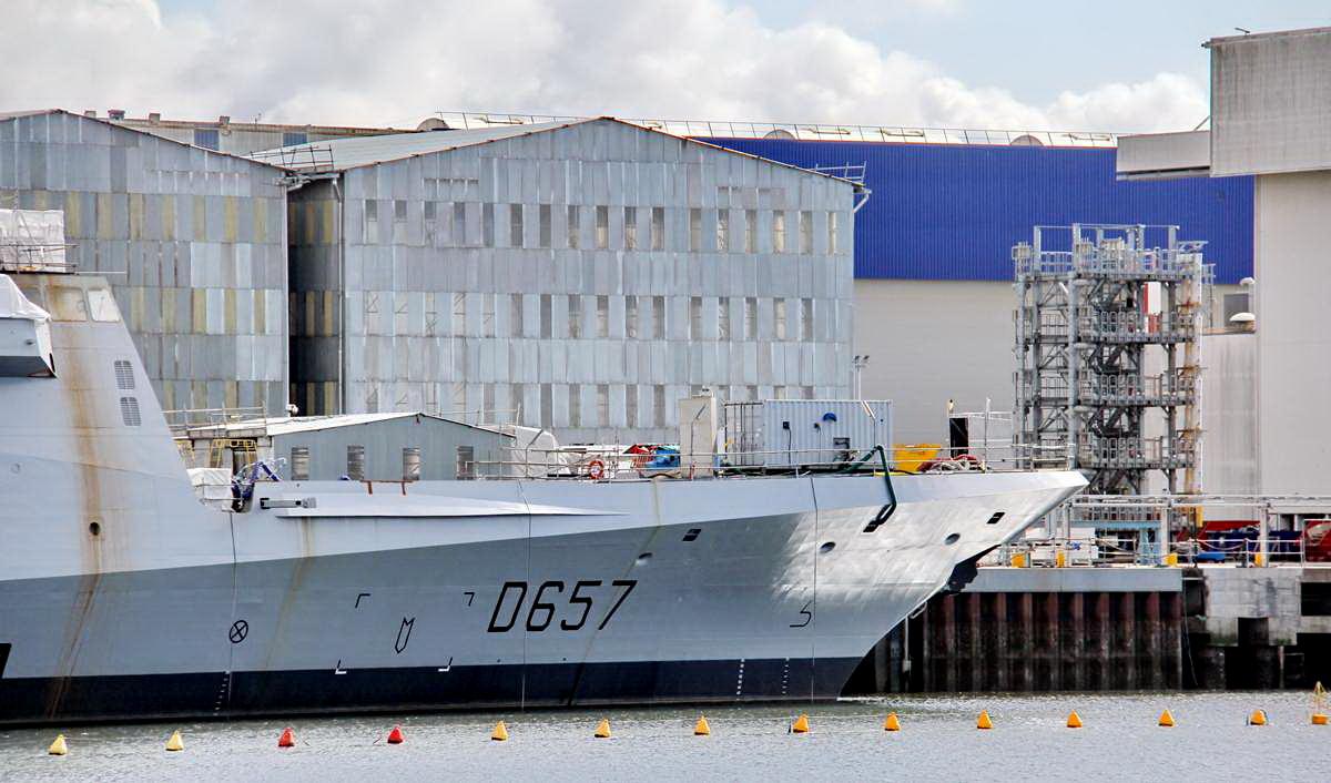 [Les ports militaires de métropole] Port de LORIENT - TOME 1 - Page 25 _cop4173