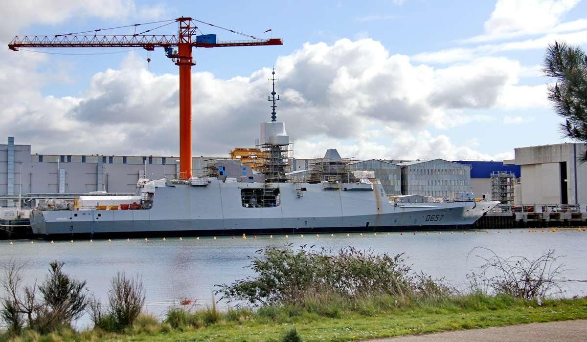 [Les ports militaires de métropole] Port de LORIENT - TOME 1 - Page 25 _cop4175