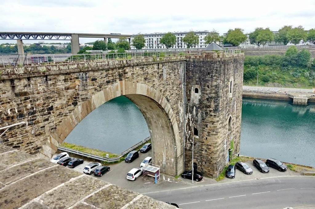 [Vie des ports] BREST Ports et rade - Volume 001 - Page 22 _cop8321