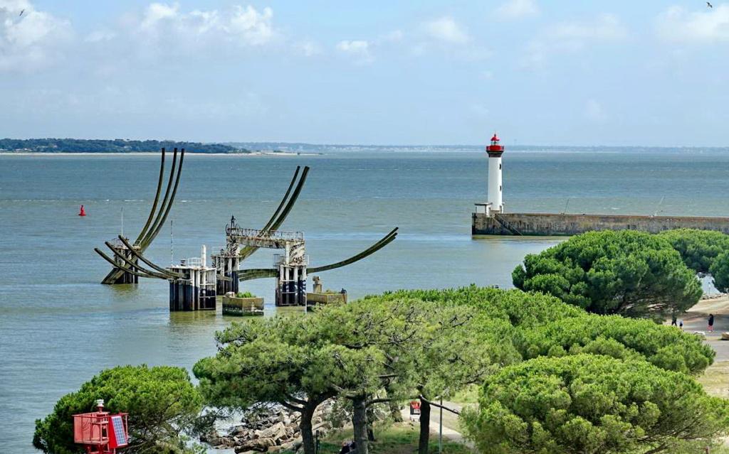 [Vie des ports] Port de Saint Nazaire - Page 8 _cop8372