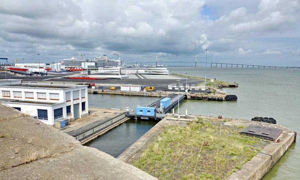 [Vie des ports] Port de Saint Nazaire - Page 8 _cop8388