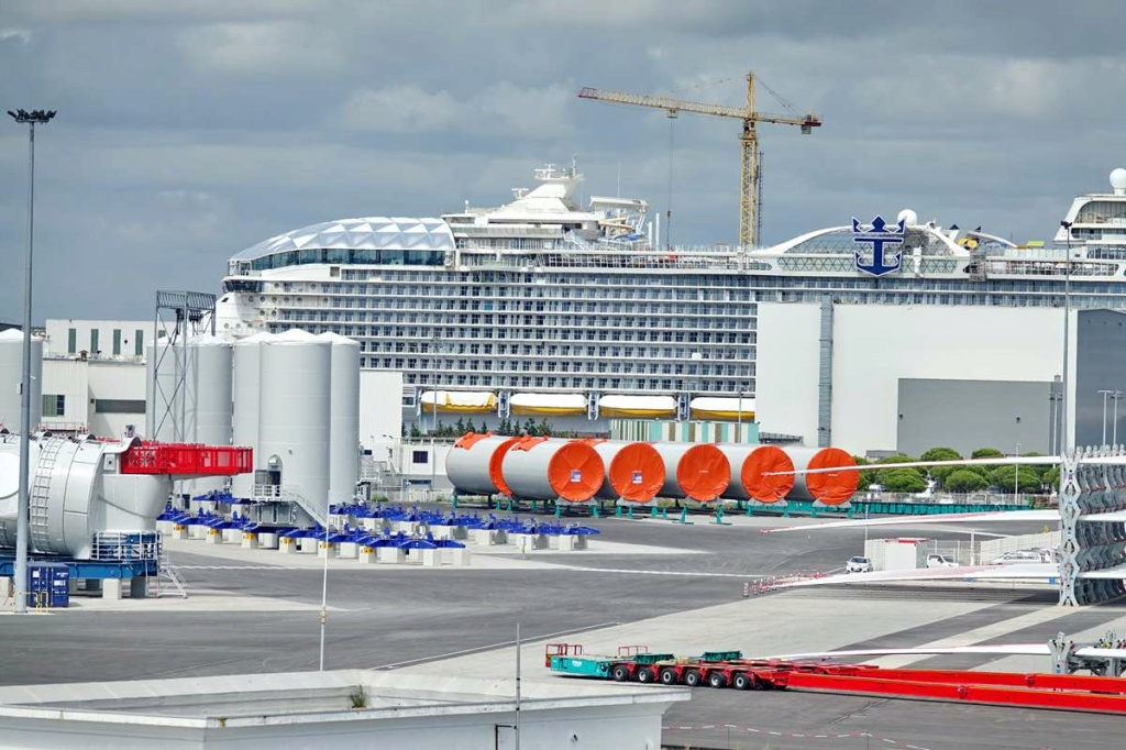 [Vie des ports] Port de Saint Nazaire - Page 8 _cop8401