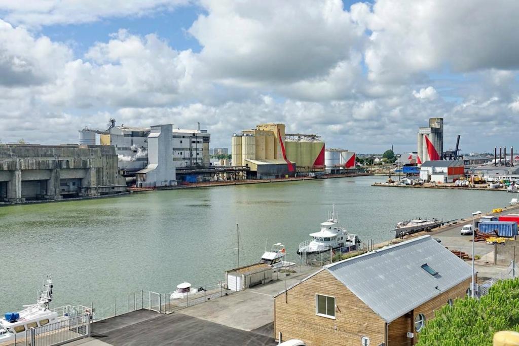 [Vie des ports] Port de Saint Nazaire - Page 8 _cop8408