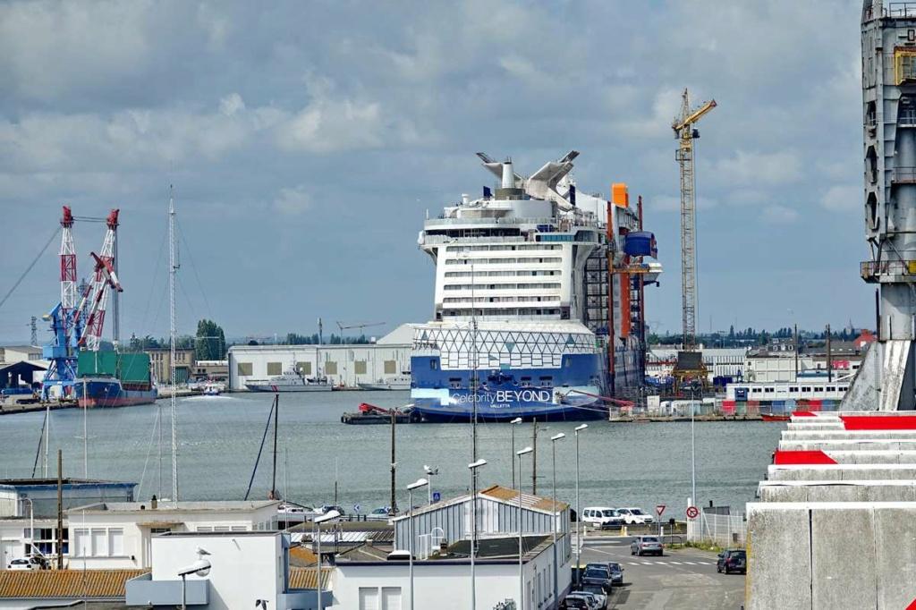 [Vie des ports] Port de Saint Nazaire - Page 8 _cop8410