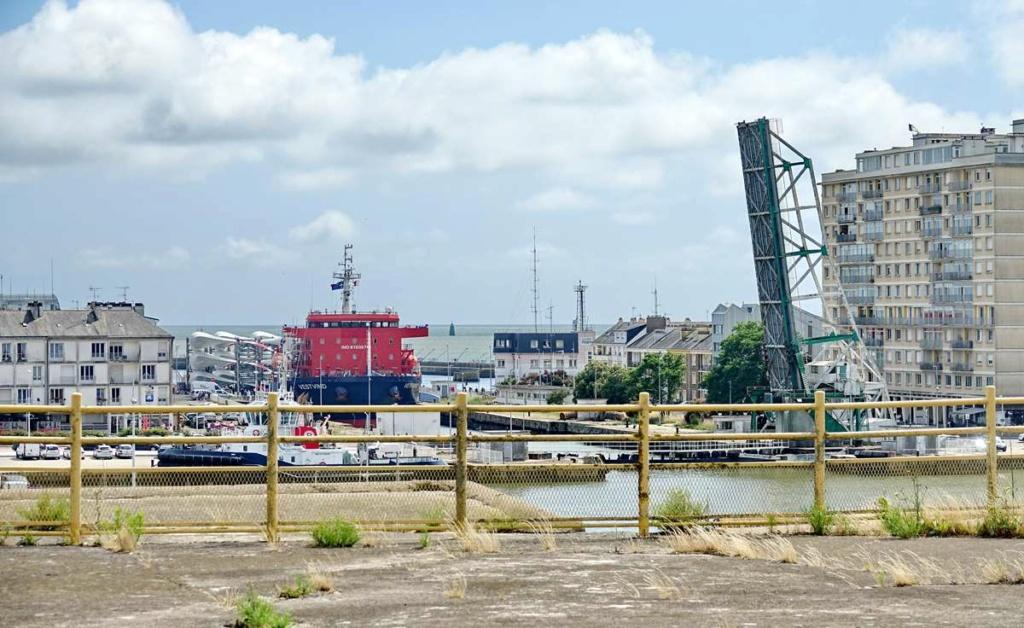 [Vie des ports] Port de Saint Nazaire - Page 8 _cop8493