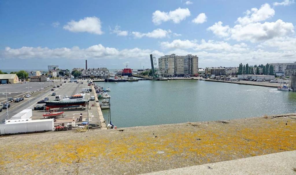 [Vie des ports] Port de Saint Nazaire - Page 8 _cop8503