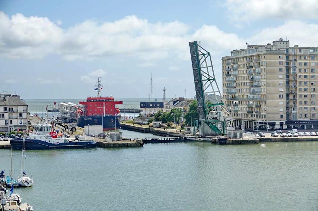[Vie des ports] Port de Saint Nazaire - Page 8 _cop8505