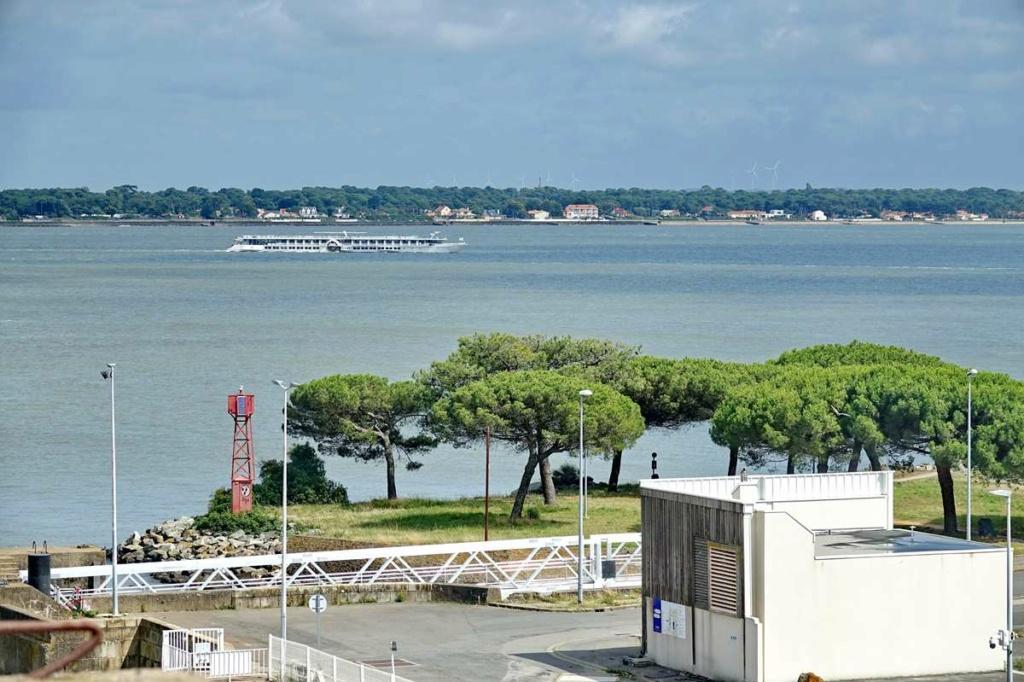 [Vie des ports] Port de Saint Nazaire - Page 8 _cop8506