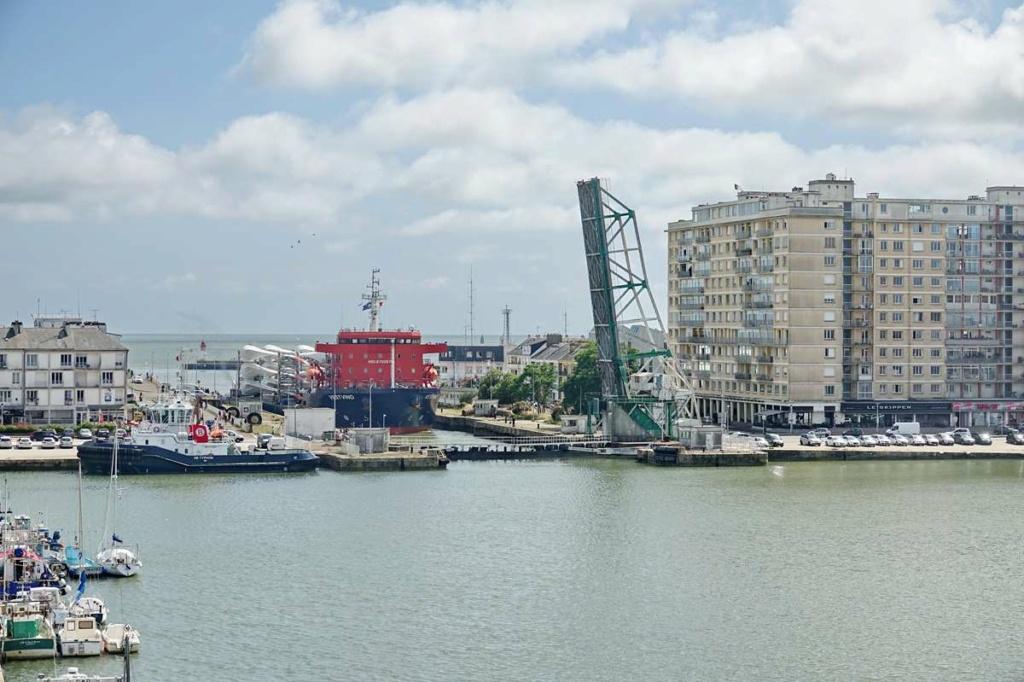 [Vie des ports] Port de Saint Nazaire - Page 8 _cop8516
