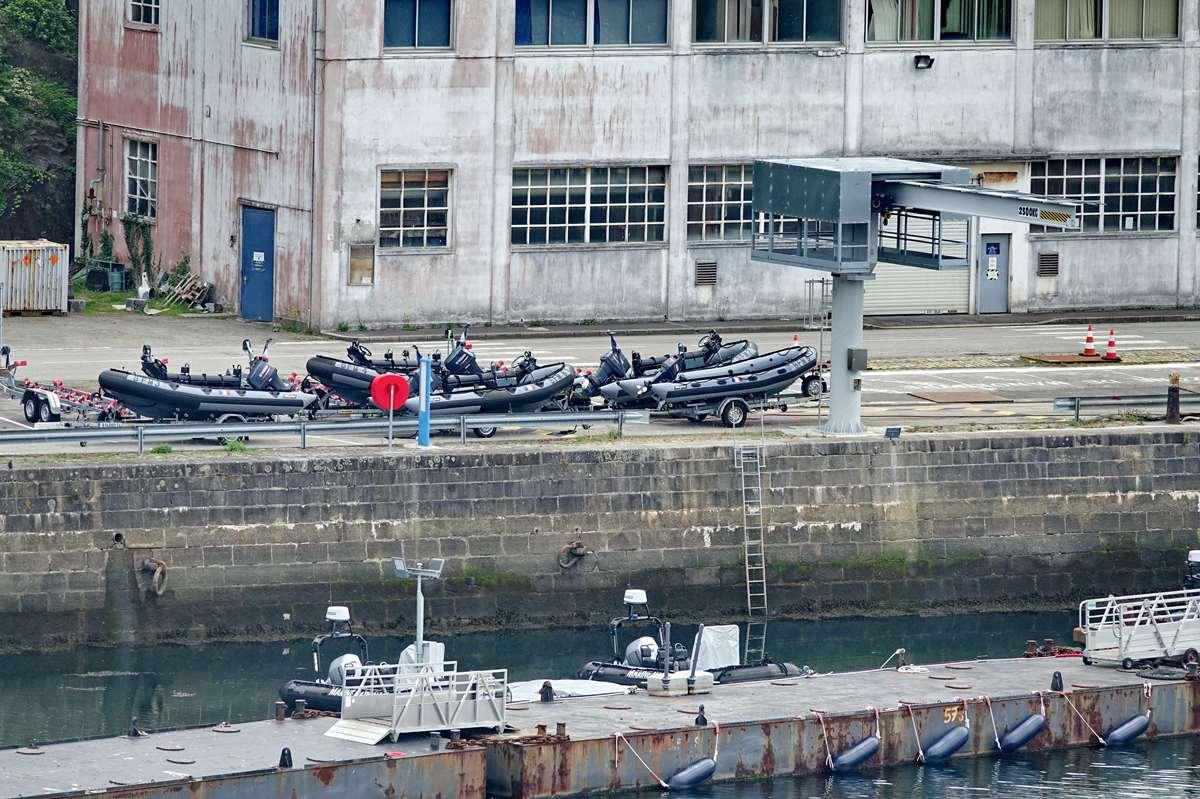 [Les ports militaires de métropole] Port de BREST - TOME 3 - Page 26 _cop8622
