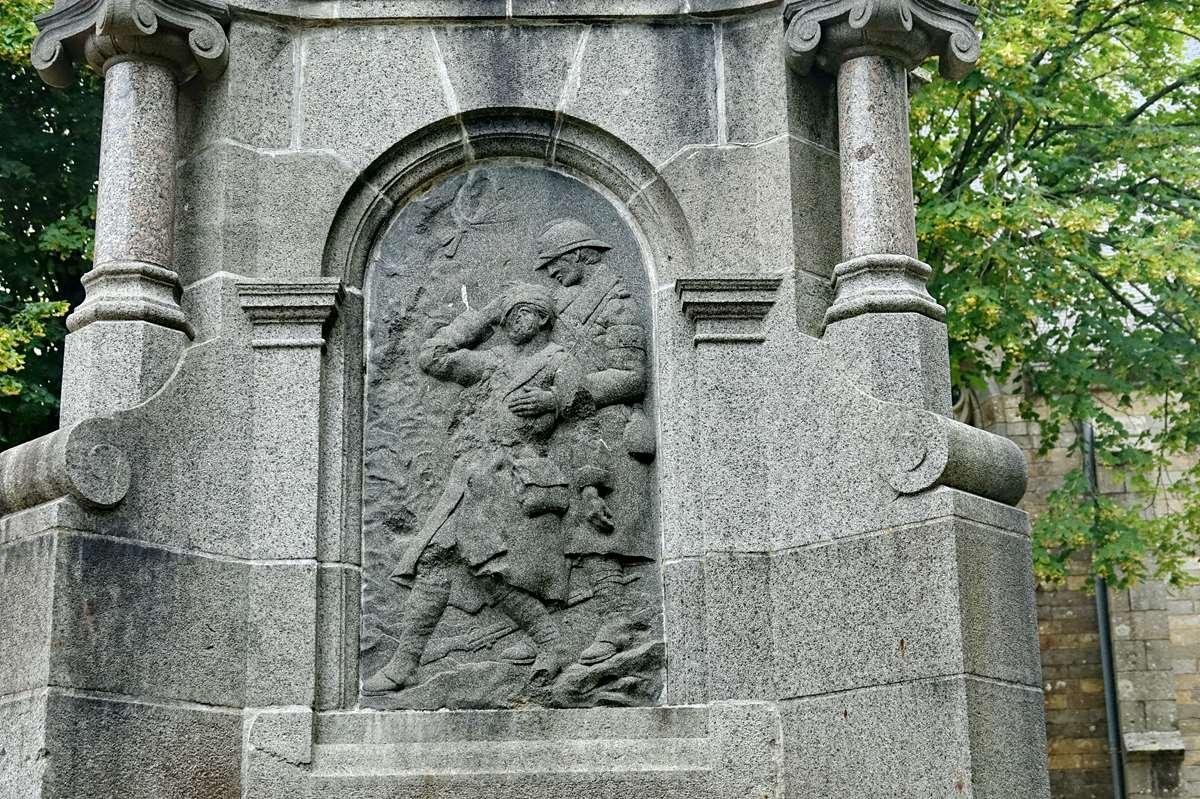 [ Histoires et histoire ] Monuments aux morts originaux Français Tome 2 - Page 21 _cop8793