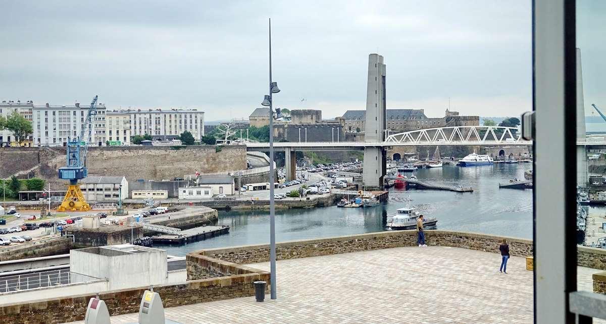 [Vie des ports] BREST Ports et rade - Volume 001 - Page 22 _cop9211