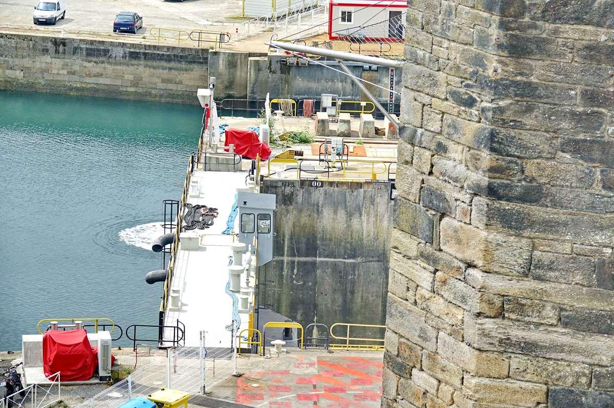 [Les ports militaires de métropole] Port de BREST - TOME 3 - Page 26 _cop9315