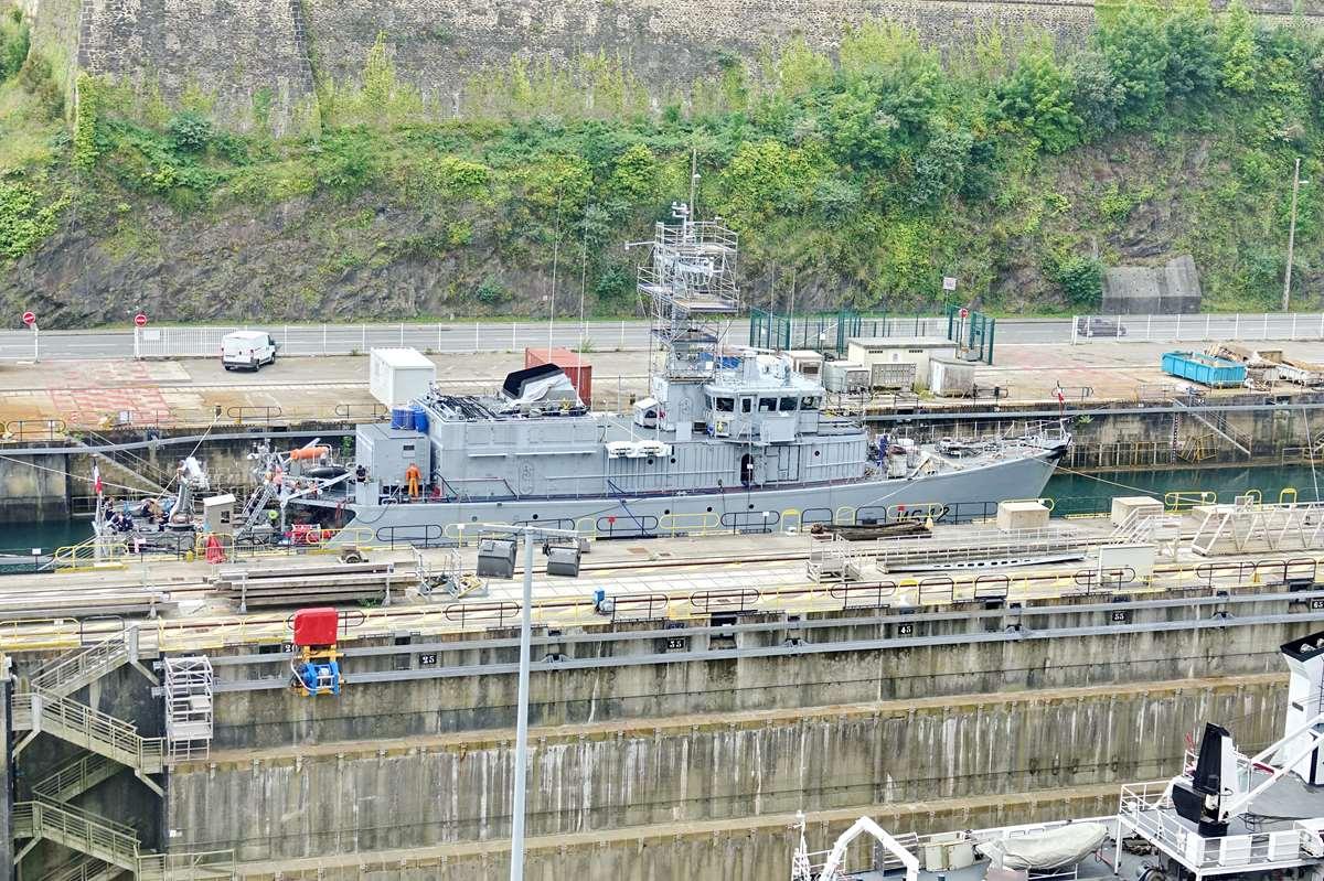 [Les ports militaires de métropole] Port de BREST - TOME 3 - Page 26 _cop9320