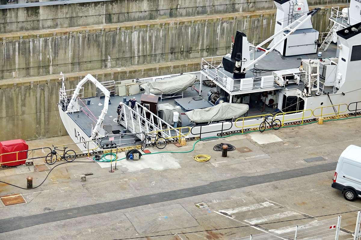 [Les ports militaires de métropole] Port de BREST - TOME 3 - Page 26 _cop9326