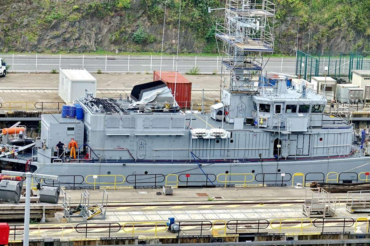 [Les ports militaires de métropole] Port de BREST - TOME 3 - Page 26 _cop9327
