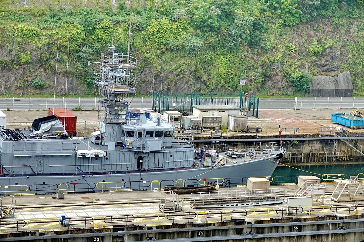 [Les ports militaires de métropole] Port de BREST - TOME 3 - Page 26 _cop9328