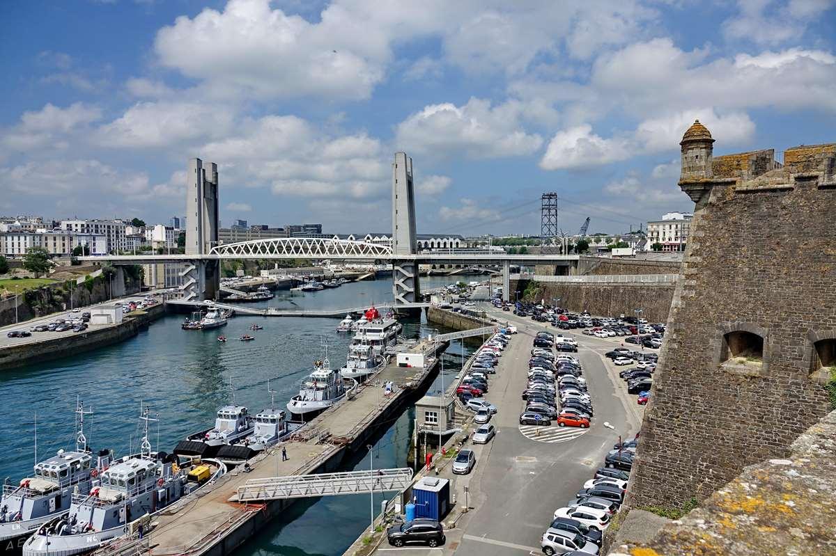 [Vie des ports] BREST Ports et rade - Volume 001 - Page 23 _cop9500