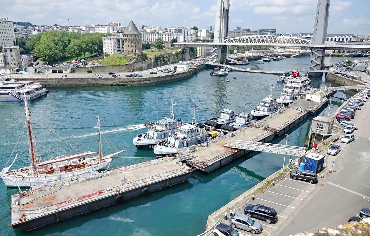 [Vie des ports] BREST Ports et rade - Volume 001 - Page 23 _cop9580