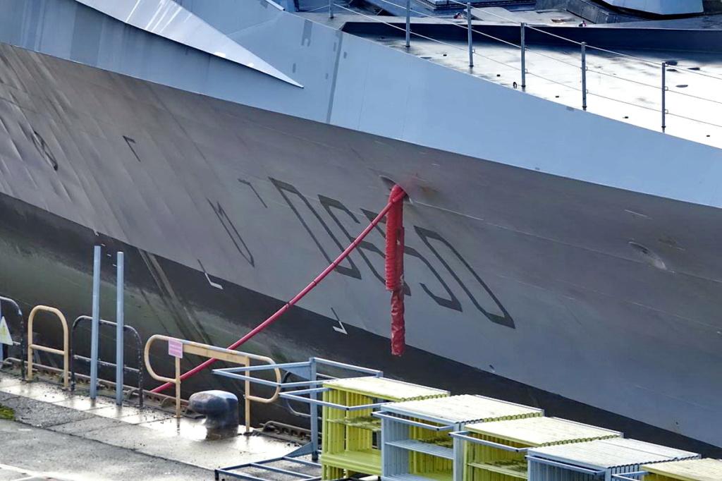 [Les ports militaires de métropole] Port de BREST - TOME 3 - Page 13 _copi760