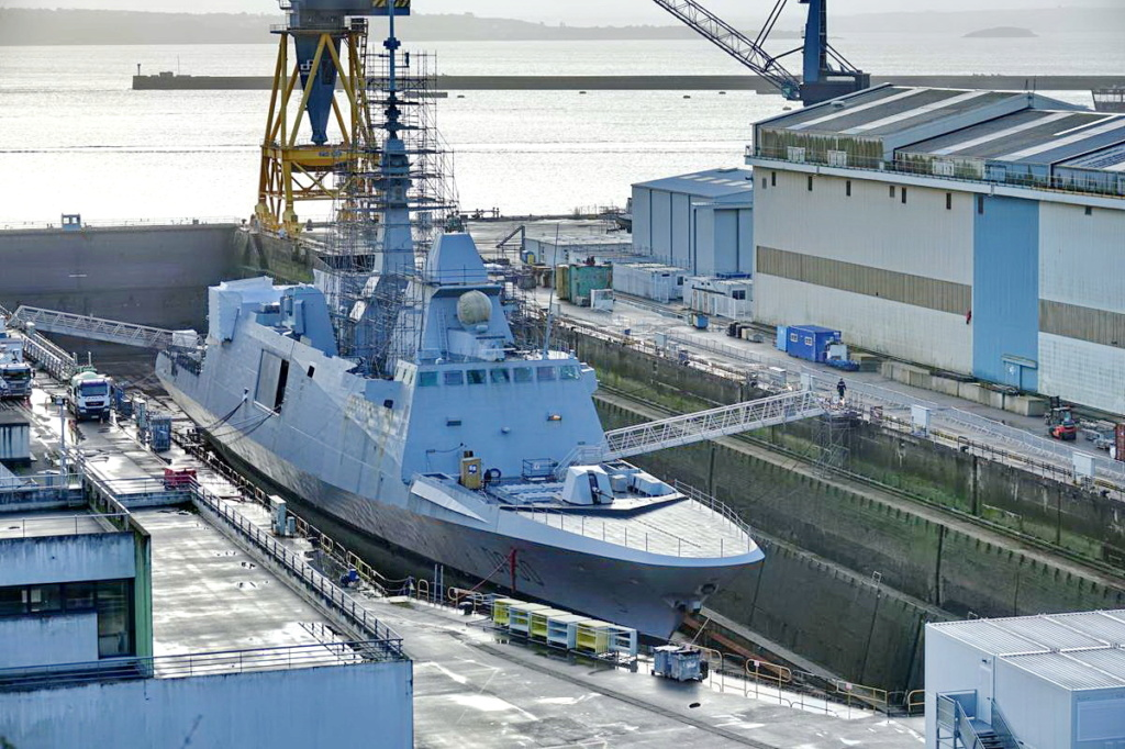 [Les ports militaires de métropole] Port de BREST - TOME 3 - Page 13 _copi762