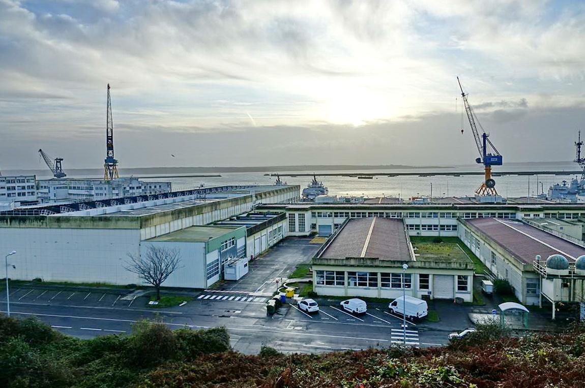 [Les ports militaires de métropole] Port de BREST - TOME 3 - Page 13 _copi771