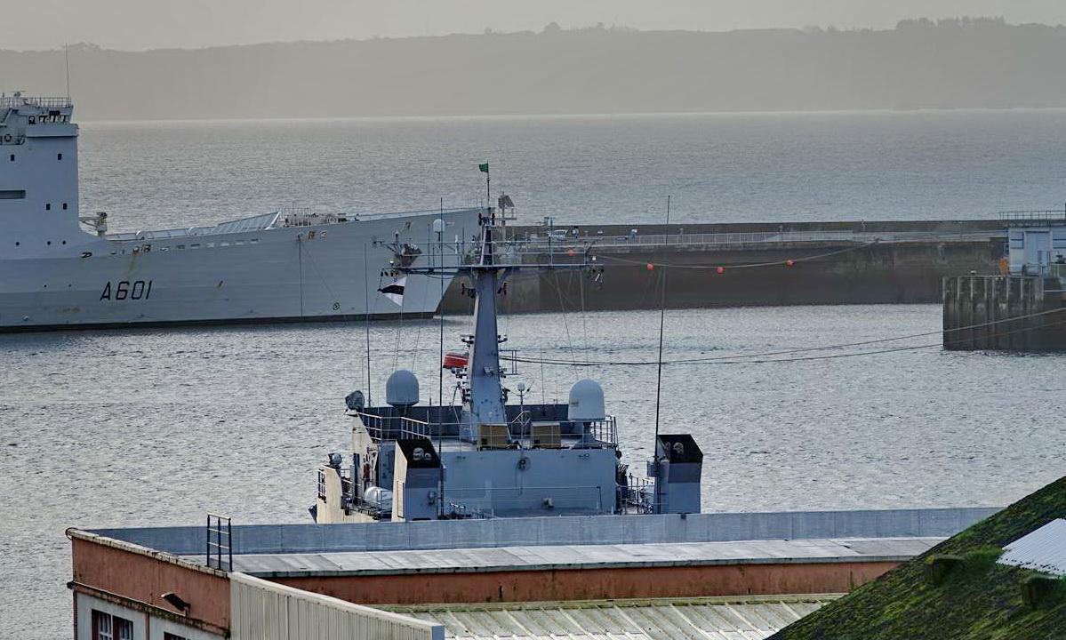 [Les ports militaires de métropole] Port de BREST - TOME 3 - Page 15 _copi820